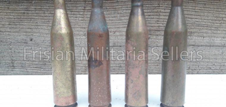 Lotje van 4 st. 7,92 x 94 m/m pzb 38/39 hulzen/ Nederlandse vondsten.
