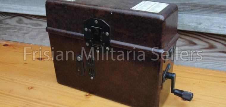 Laat oorlogse-Duitse bakelieten veldtelefoon
