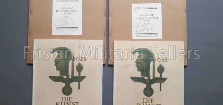 2 x Die kunst im Deutschen Reich ( okt/nov 1938 ) inclusief de stofomslag. Architectuur#Albert Speer#Propaganda#Kunst#WW2# Dritten Reich